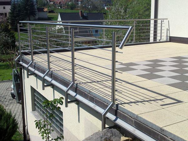 grosformatige fliesen selbst verlegen edelstahlgelnder balkon preise lochblech gel nder. Black Bedroom Furniture Sets. Home Design Ideas